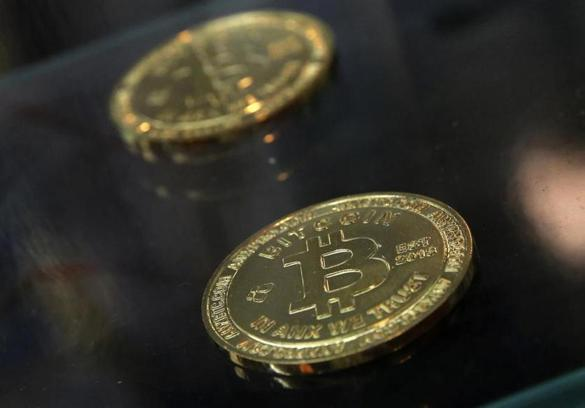 what causes bitcoin to rise and drop