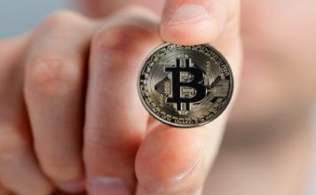 Is Now the Last Chance To Buy 1 Full Bitcoin? Chinese Billionaire Thinks So