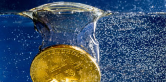 Analyst: Bitcoin (BTC) Likely to Drop Towards 4,600 Before Surging to 6,800