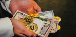 $10,000 Bitcoin Price Imminent in 'the Days of Bitcoin Bug': Analyst