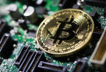 Bitcoin continues its rally, pokes above $11,000 level